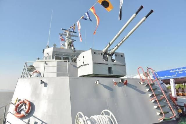 The new patrol ship into the column this old friend, the bow gun China fans are very familiar with