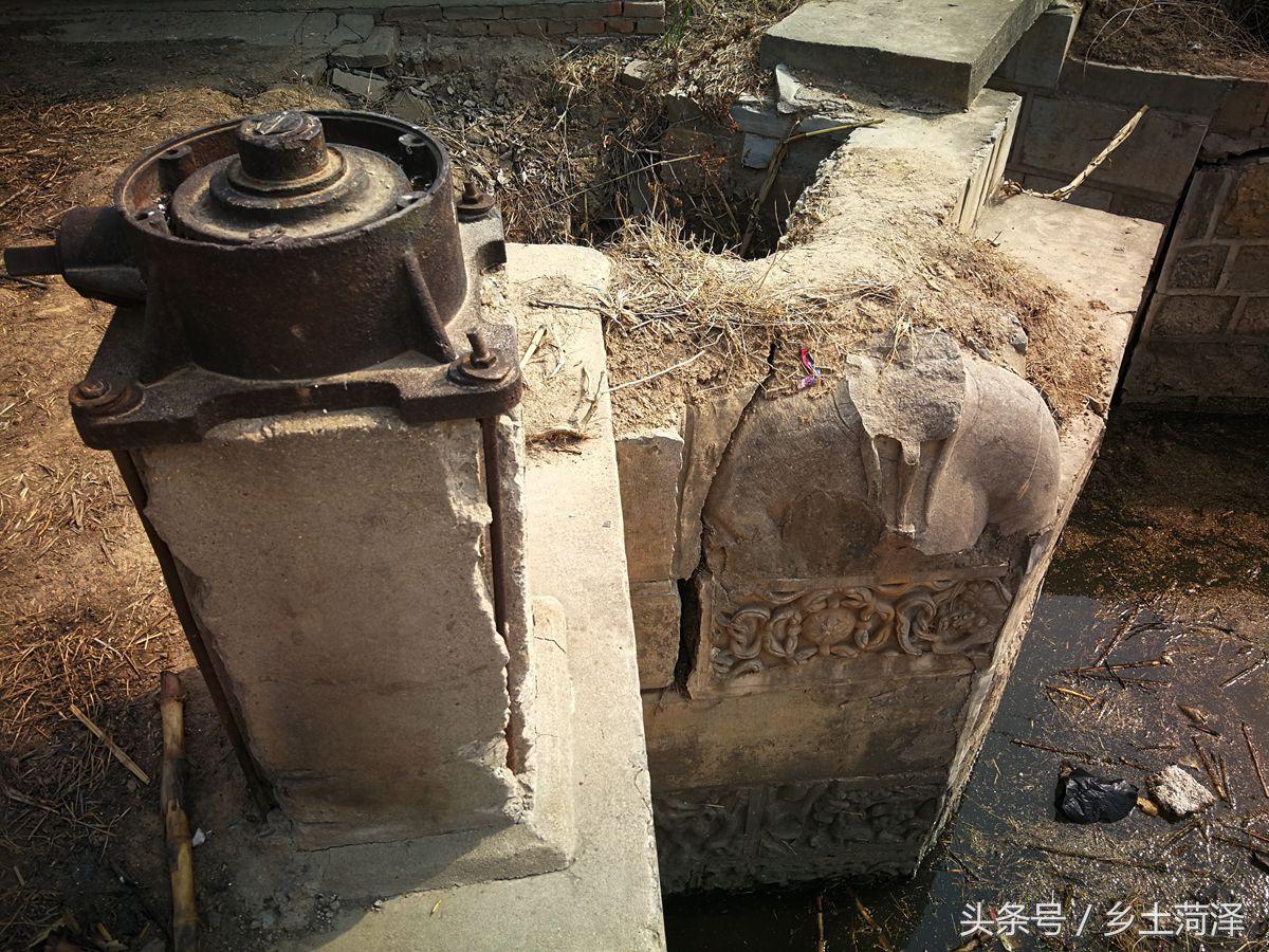 跟曾国藩平起平坐的马新贻,其陵墓被拆用来修
