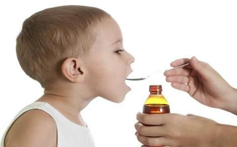 提醒:3岁以下幼儿最好不要用止咳糖浆