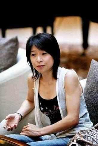 世界体操冠军,改国籍嫁日本人,以代表日本打败