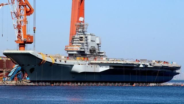 中国两年建造了一个英国海军:但为何军事专家还是很着急