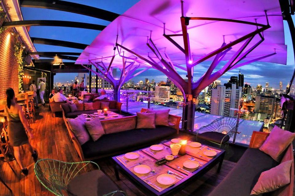 曼谷有一处品尝世界料理的最佳场所,还可欣赏 180 度的曼谷全貌