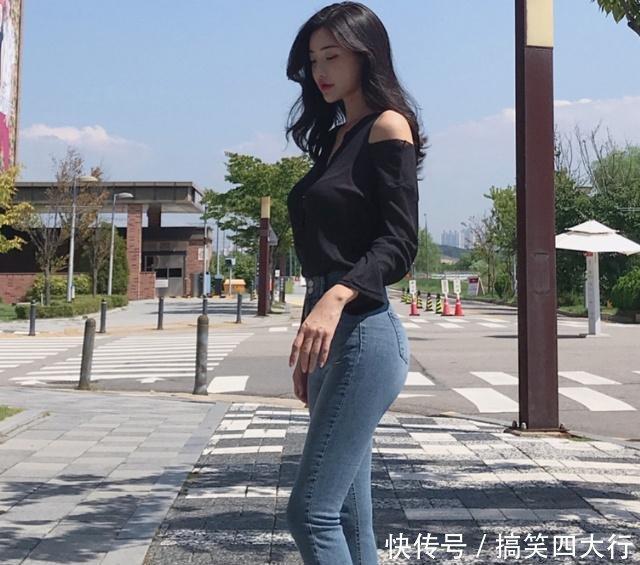 对有点肉肉的女性可以穿上修身的牛仔裤让你找到自信