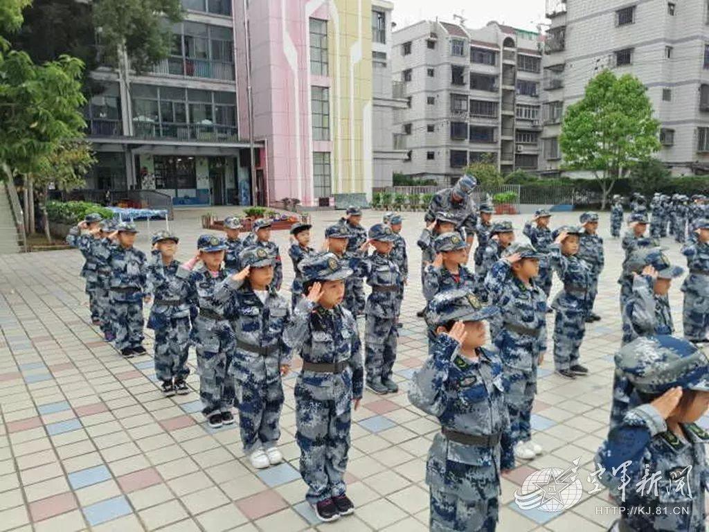 """蓝天娃家国情MV上线 有被""""小萌娃""""的爱国心暖到吗"""