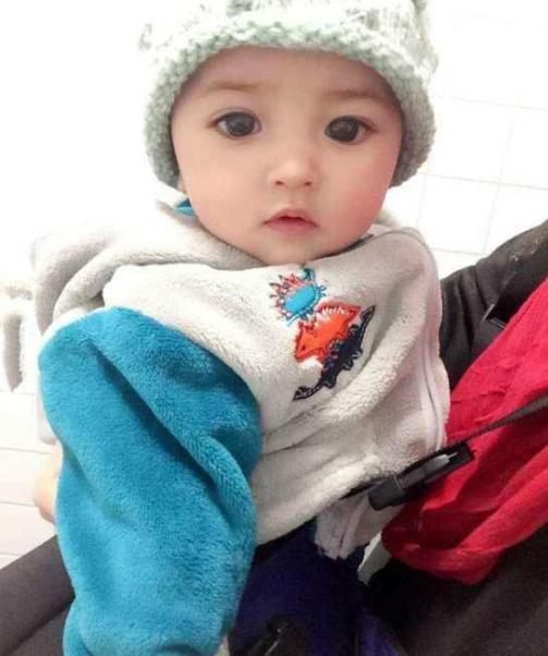 世界最漂亮的小女孩_被网友评为世界上最漂亮的小女孩