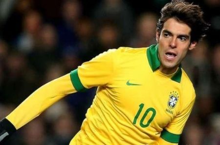 巴西历史上五大中场大师:卡卡上榜,小罗仅排第