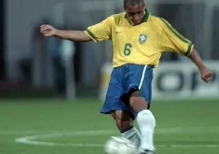 足球史上十大速度之王,贝尔排不上号,第一名堪