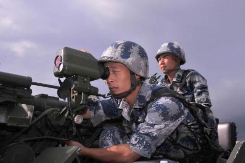 82毫米车载速射迫击炮个头虽小威力惊人