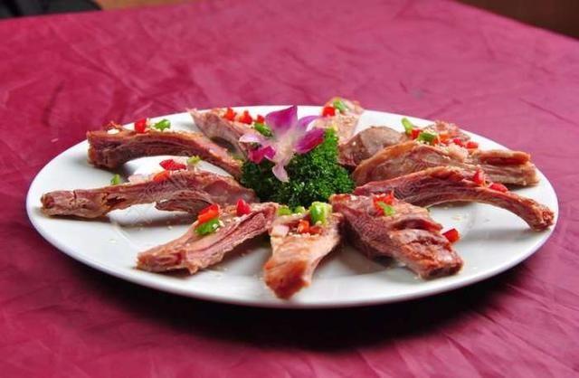 入秋后多吃这个肉,比猪肉便宜,比牛肉滋补,孩子吃体抗力更强!