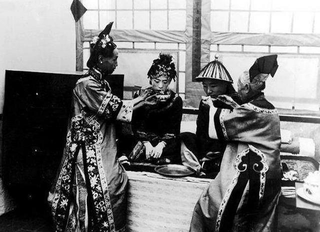 民国时期八旗子弟的婚礼老照片 - 顺其自然 - 顺其自然的博客