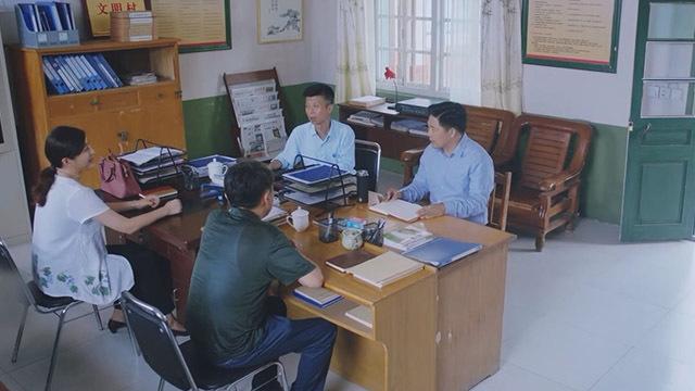 《大戏看蒲京》20200508《遍地书香》刘世成给村民举办读书会