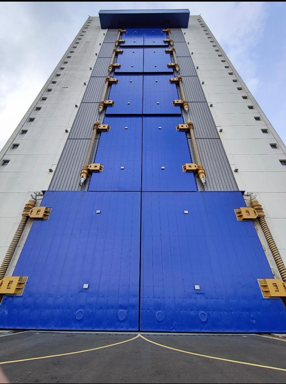 长征5号、7号垂直总装厂房——亚洲最大钢结构门