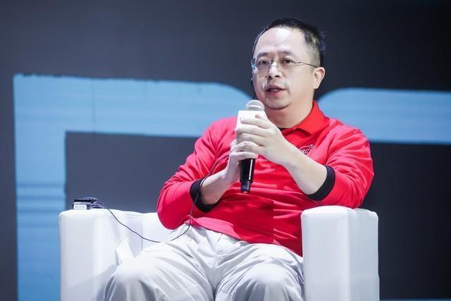 周鸿�t:应该包容罗永浩和王思聪的失败