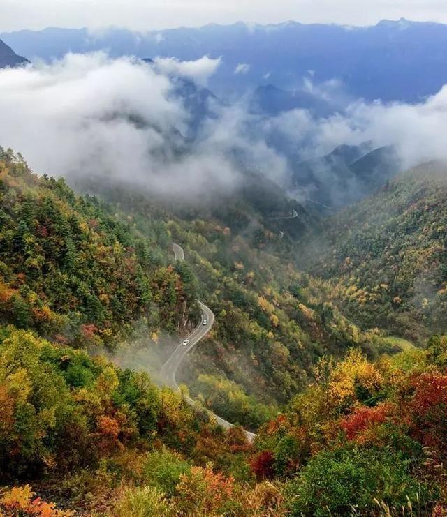 距三省之门户,这个大巴山深处的小县,藏着世界原本的样子!