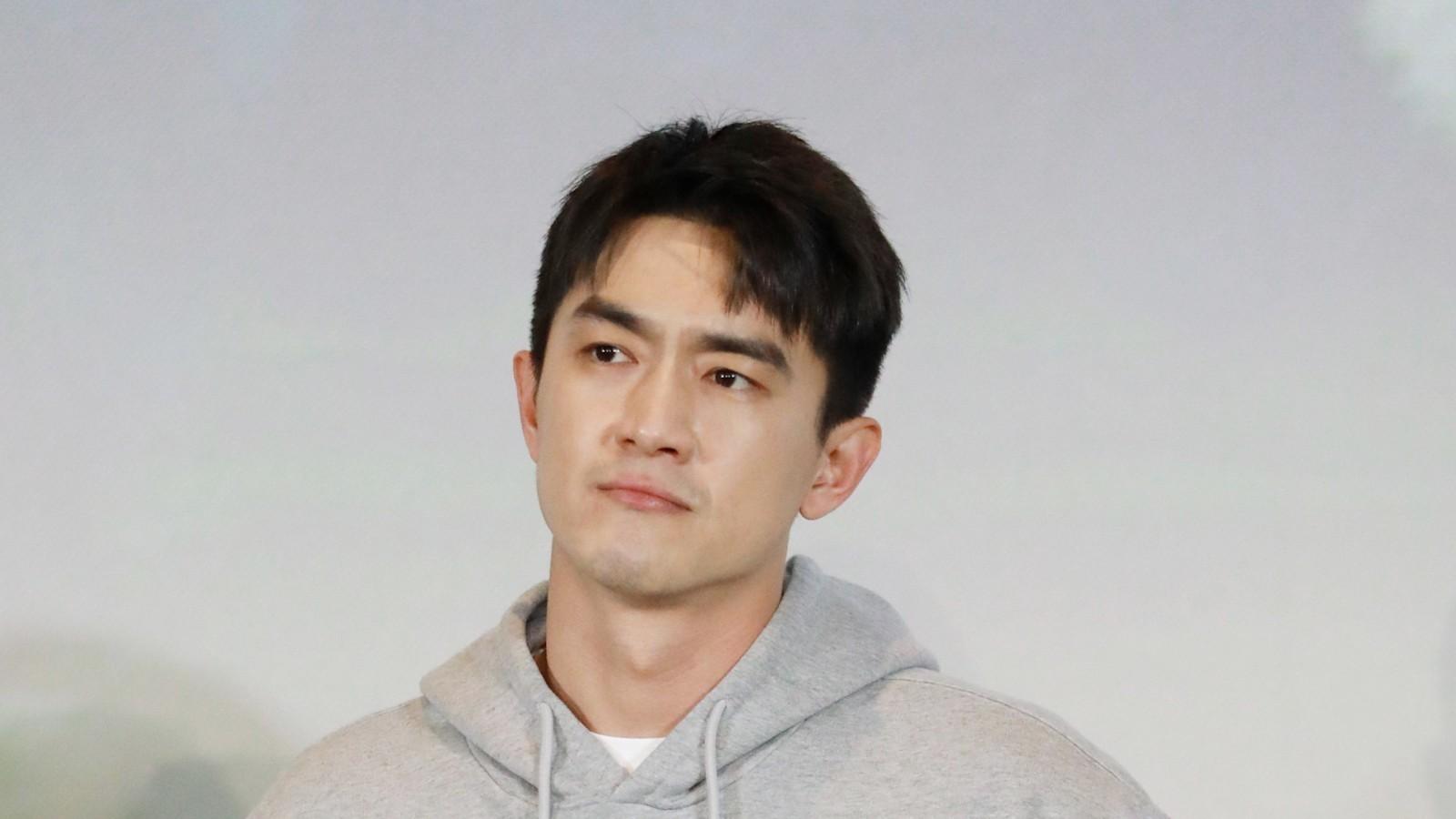 林更新现场配音秀实力 郑恺自信打call《疯狂原始人2》