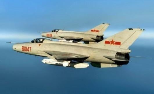 歼7曾出口上百架 为何越先进战机却越难出口?